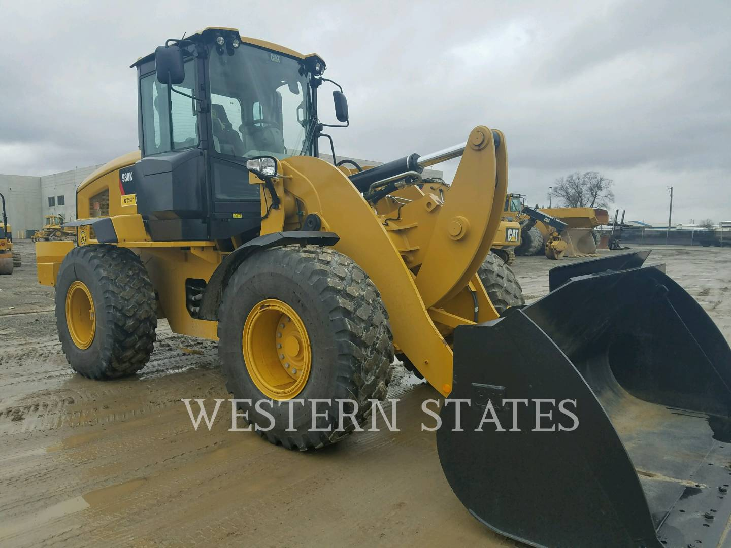 2014 CATERPILLAR 938K image1