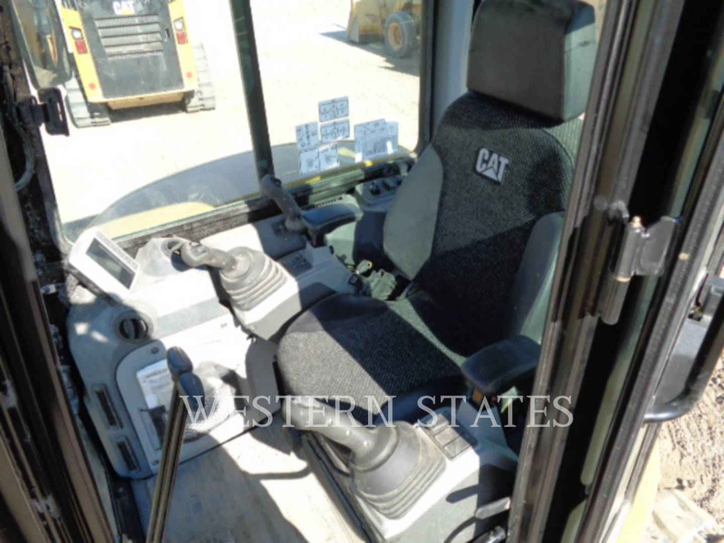 2015 CATERPILLAR 305.5E2CR image4
