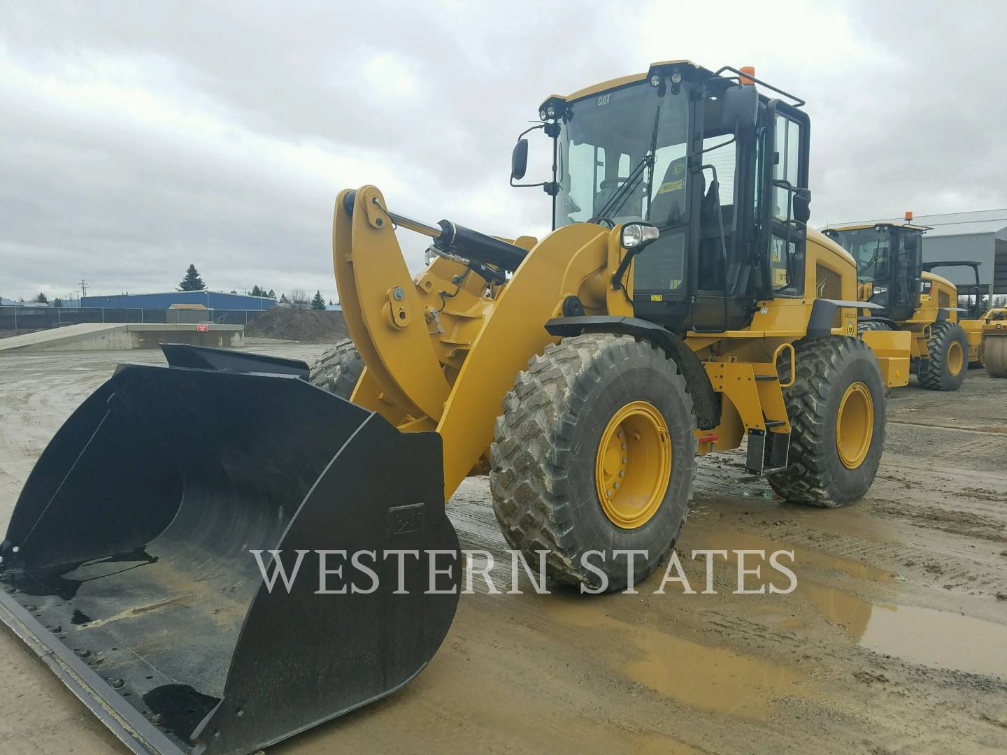 2014 CATERPILLAR 938K image0