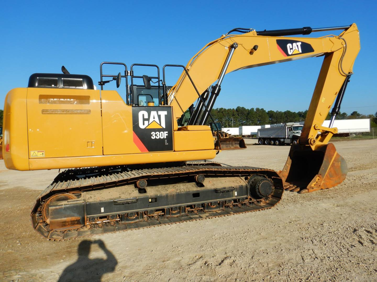 Whayne Walker Cat | Used 2017 Caterpillar 330 F L for Sale
