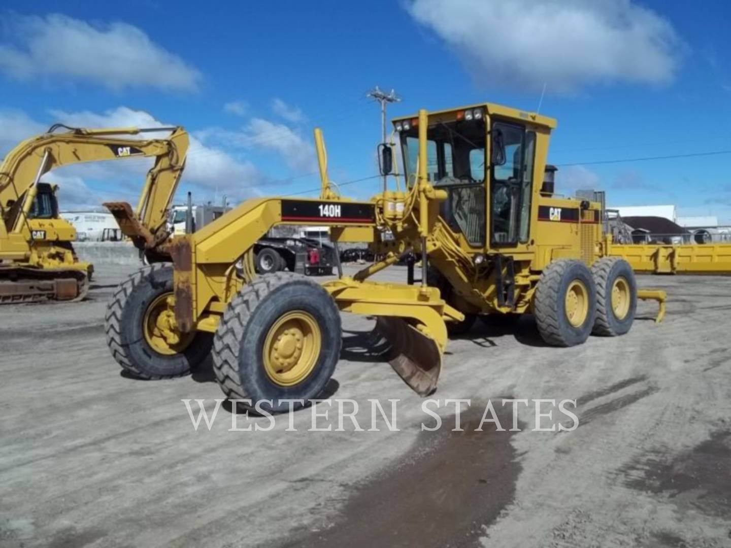 1997 CATERPILLAR 140HNA image0