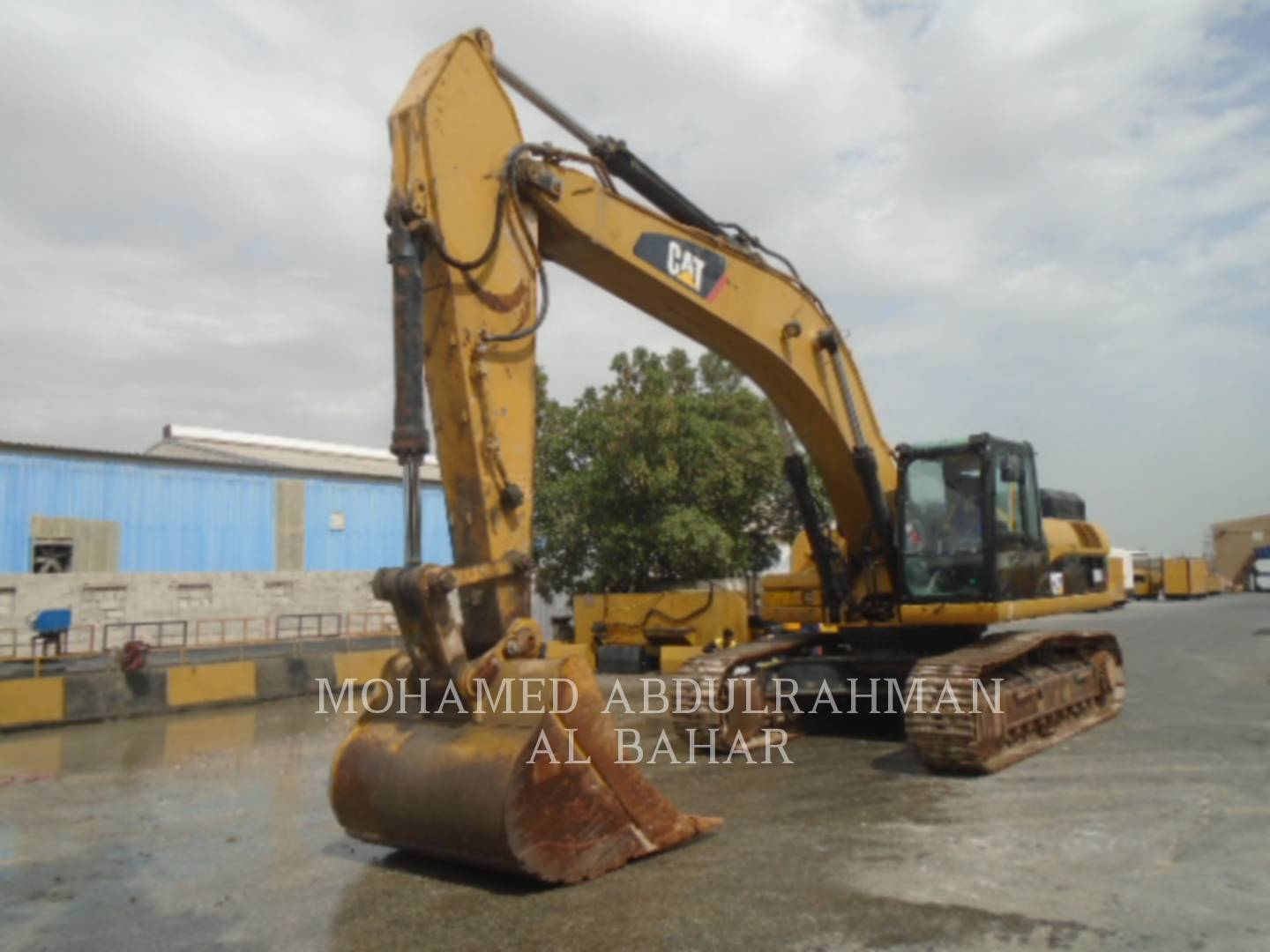 Certified Used Cat® Track Excavators for Sale in UAE, Kuwait