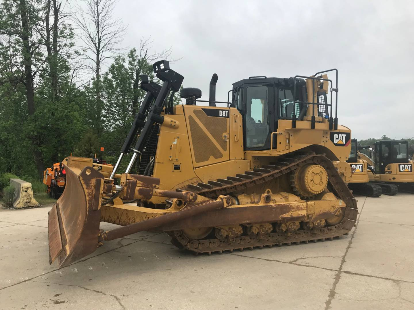 Used Dozers for Sale in NJ, PA, DE and Staten Island | Foley Inc