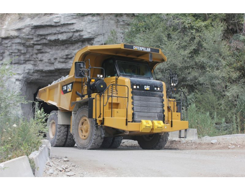770G Off-Highway Trucks