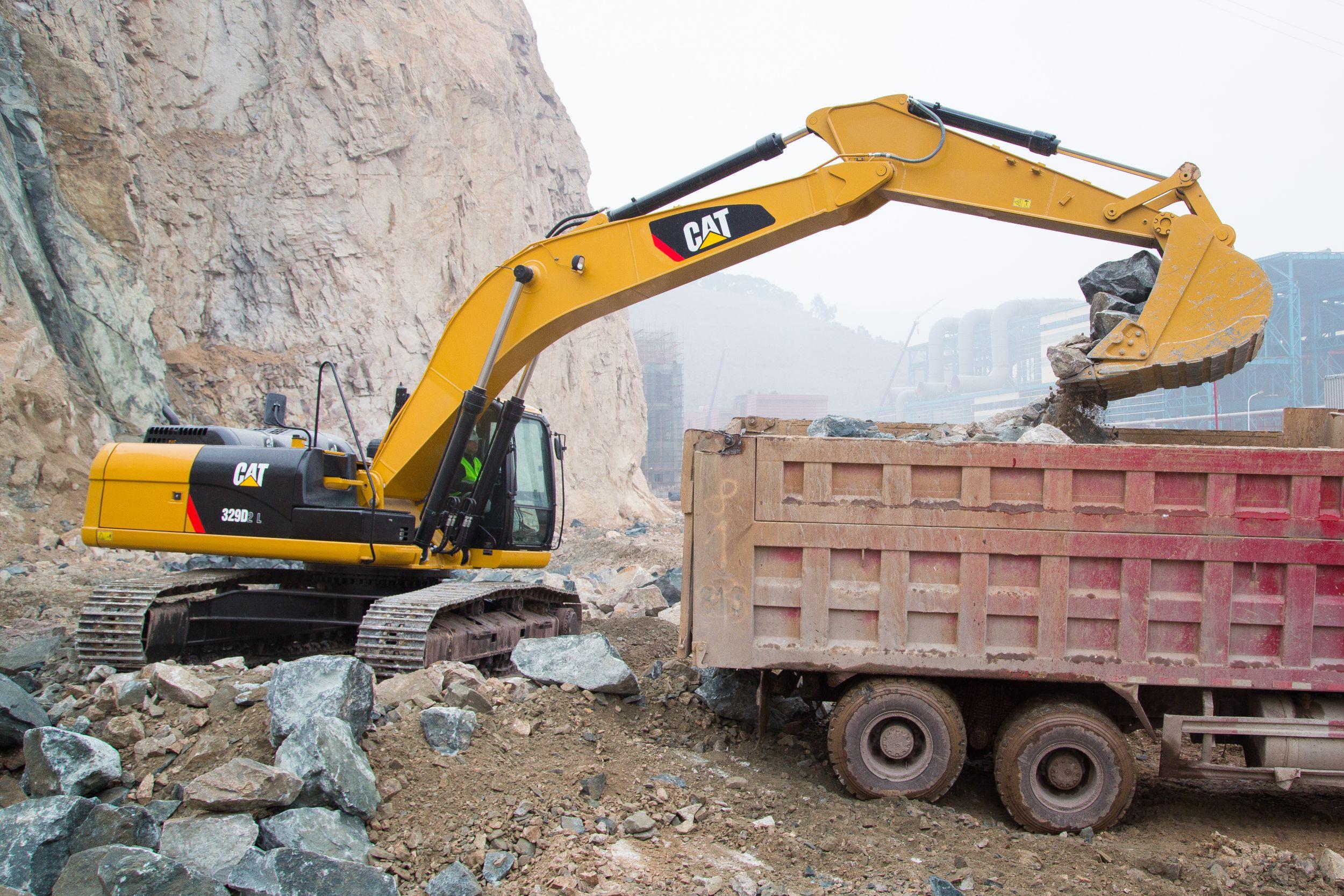 Cat | Cat® 329D2 Excavator Features World-Class Design, Powerful