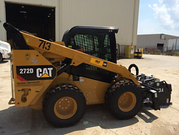 Cat | Cat® Skid Steer Standard Security System Helps Recover