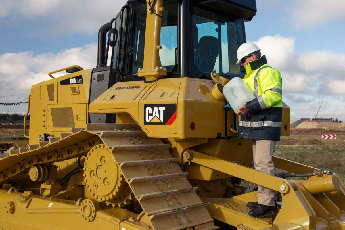 New D6N Track-Type Tractor Dozers For Sale | Carter Machinery