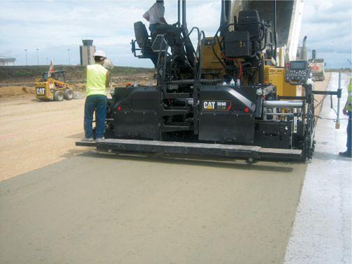 AP655F Steel Track - Track Asphalt Pavers