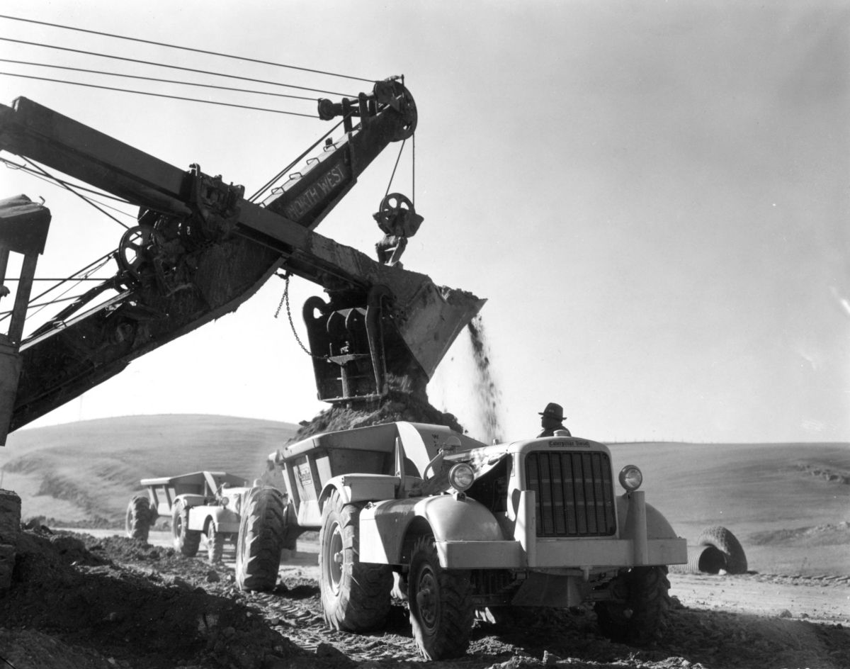 The DW10 was one of Caterpillar's first new products after World War II.