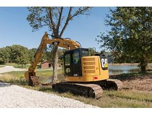 315F L Hydraulic Excavator digging