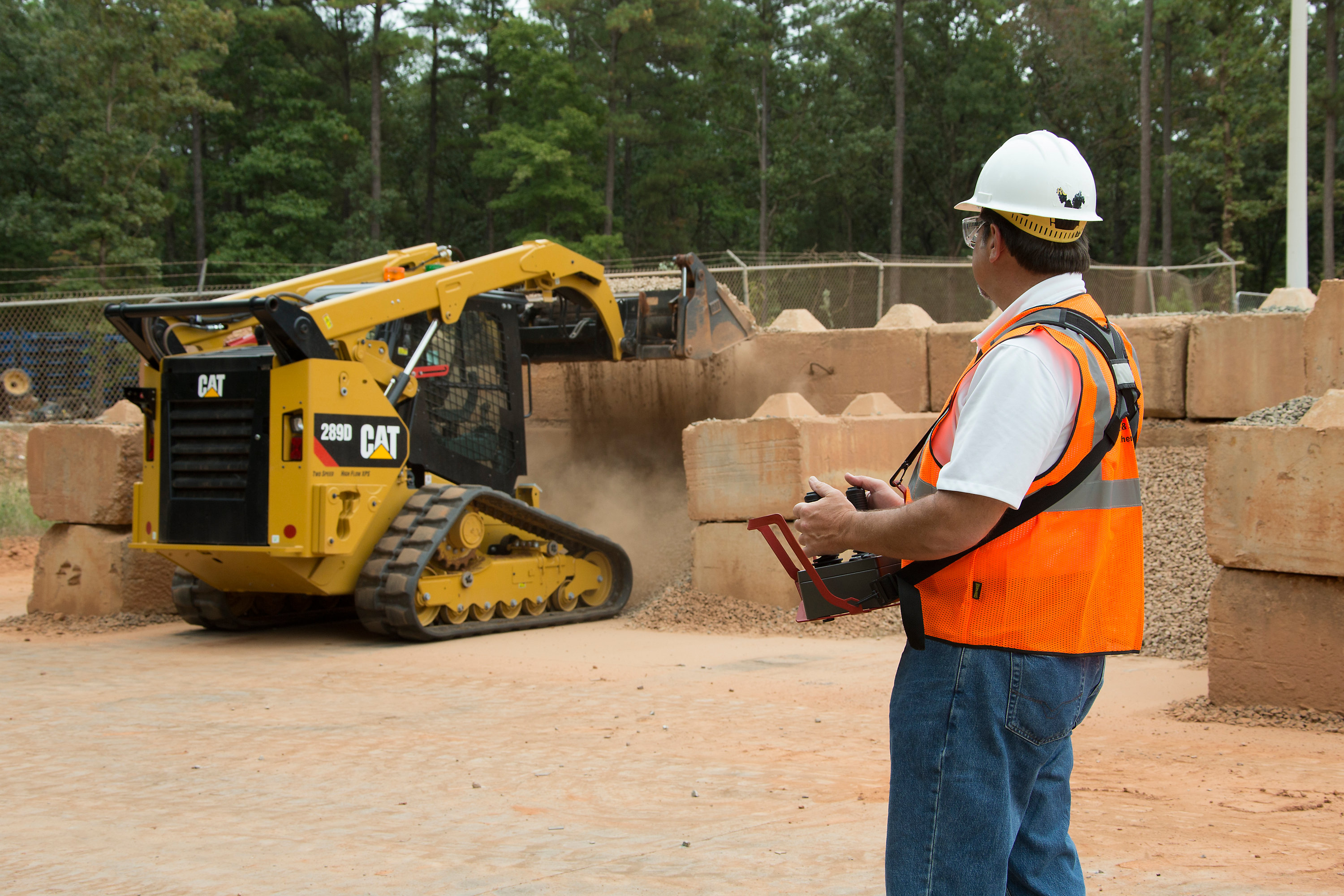 Cat | Caterpillar and TORC Robotics launch remote control system for