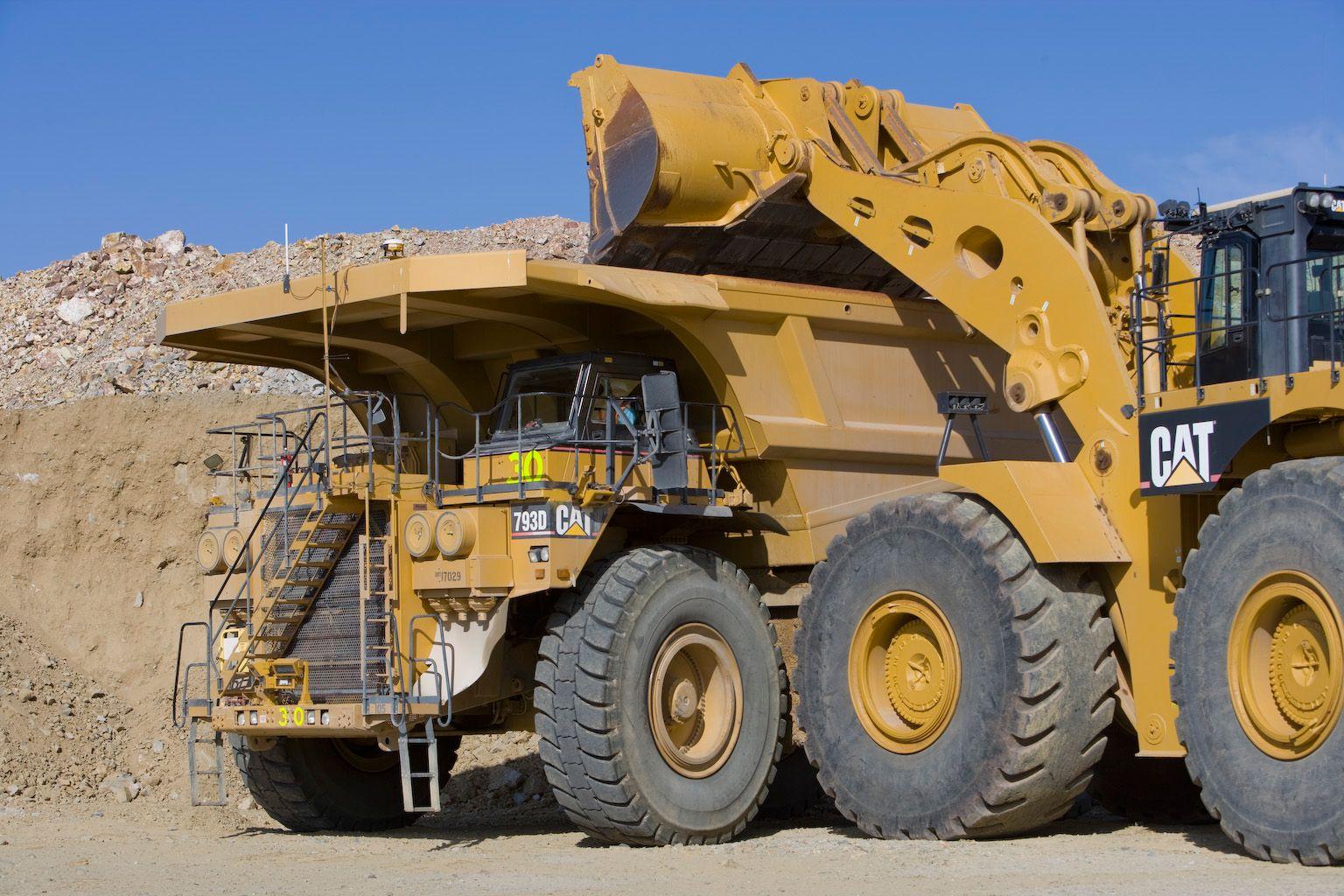 793D off-highway-trucks