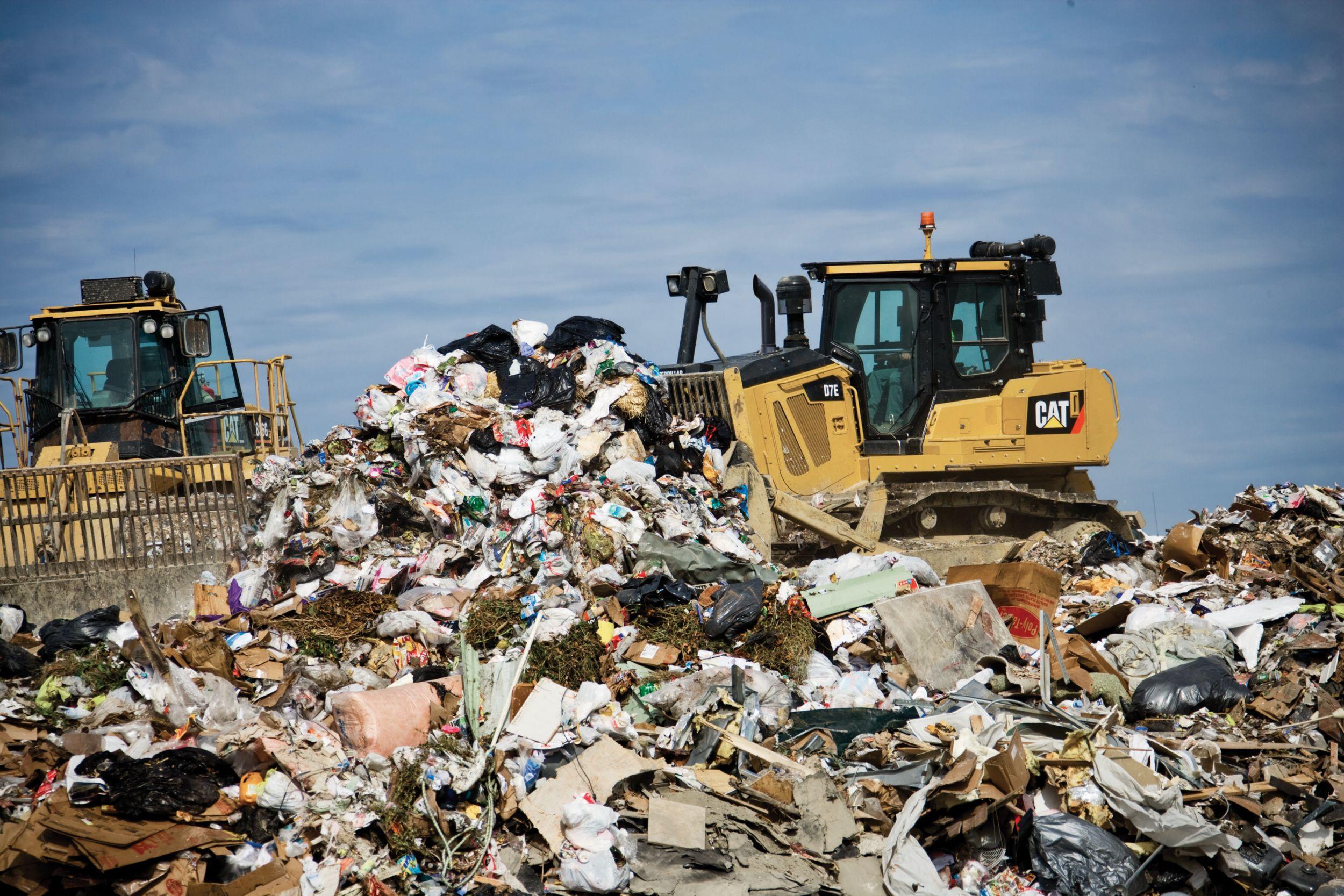 38.23 m³ (50.0 yd³) Landfill U-Blade
