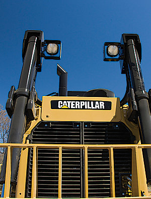D8T Track-Type Tractor - Tier 4 Interim/Stage IIIB | Large