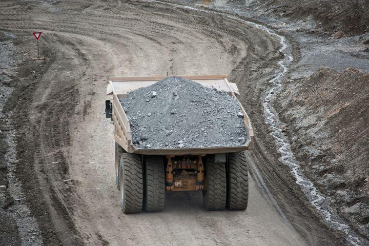 785D Mining Trucks>