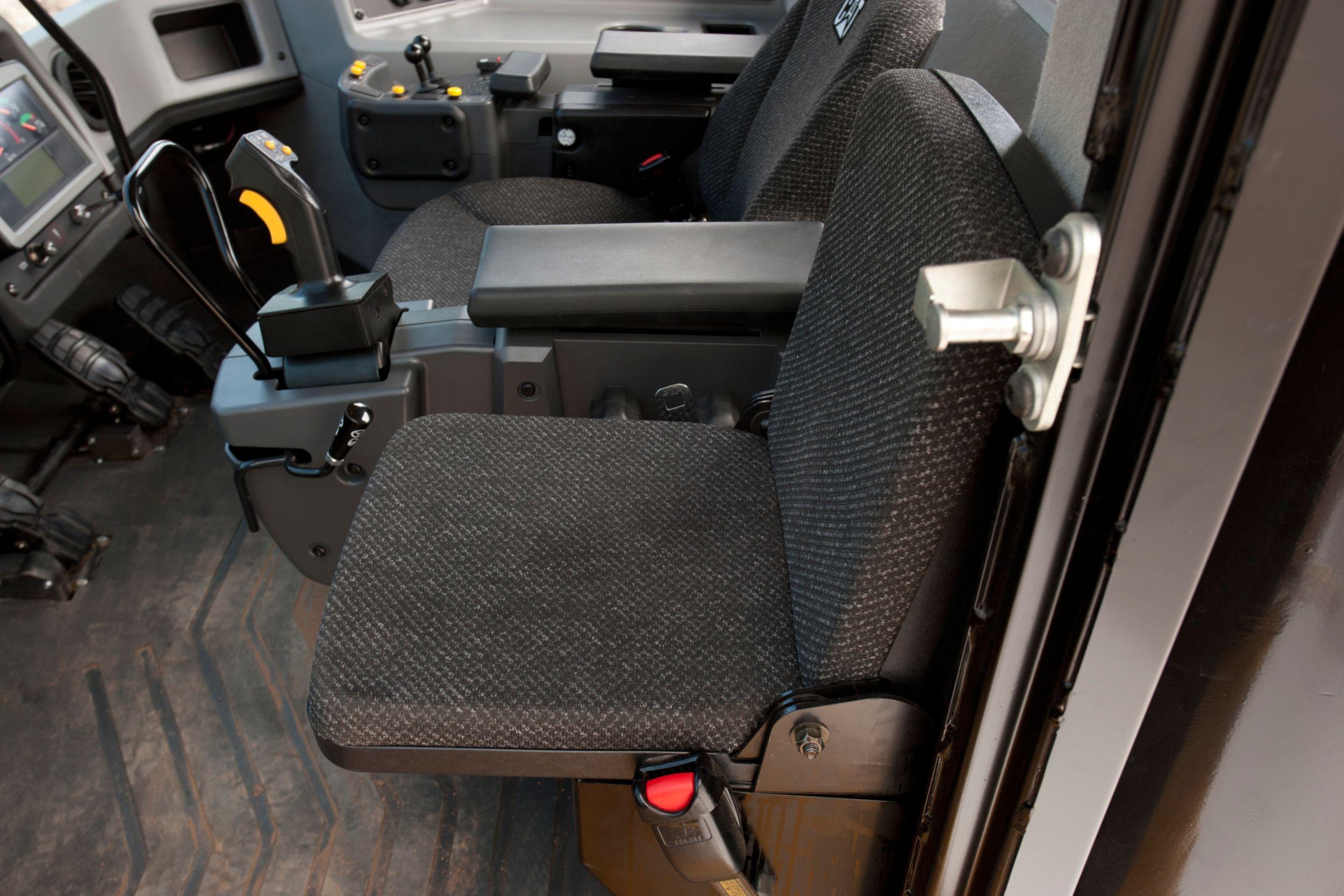 854K Trainer Seat