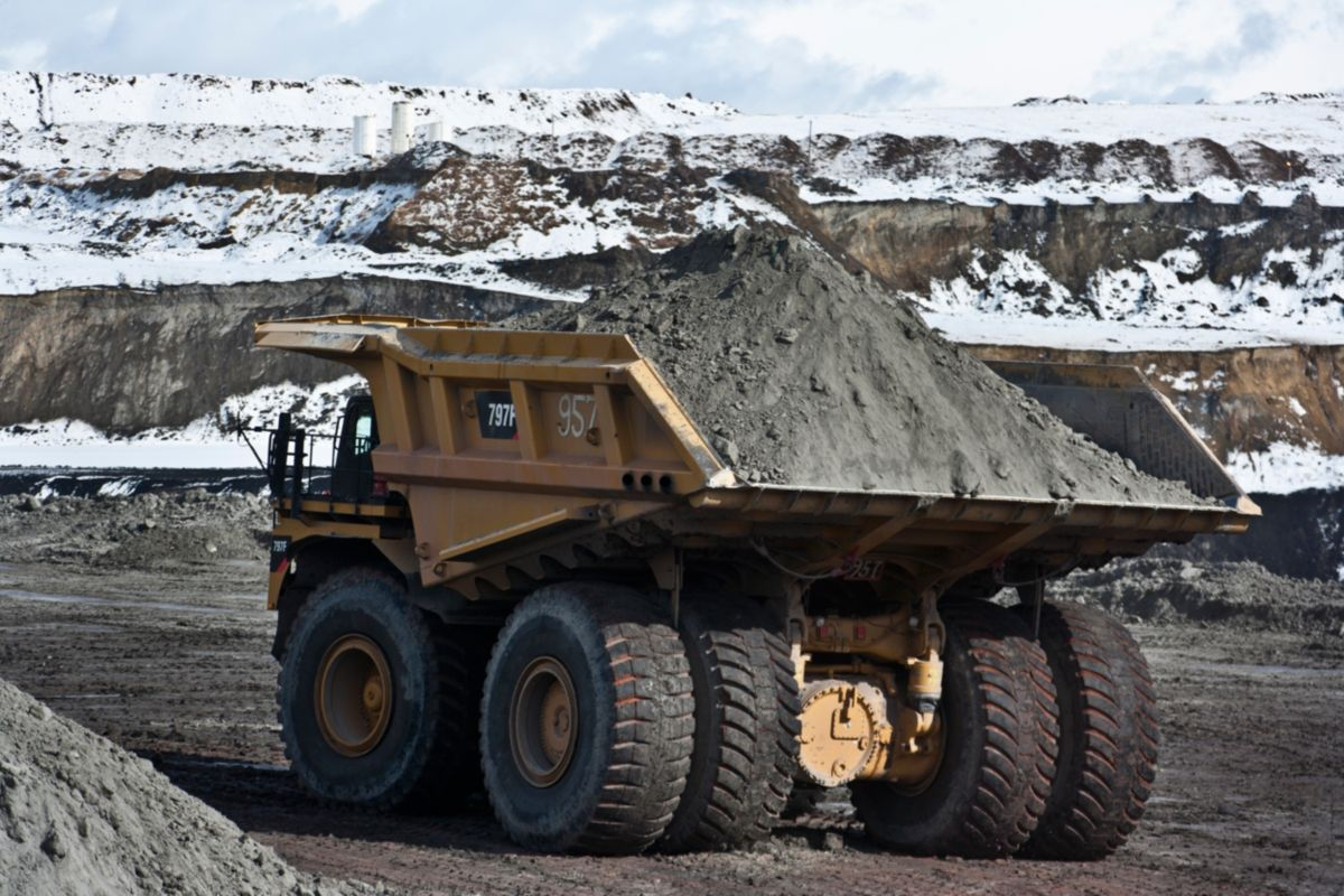 product-797F Mining Truck