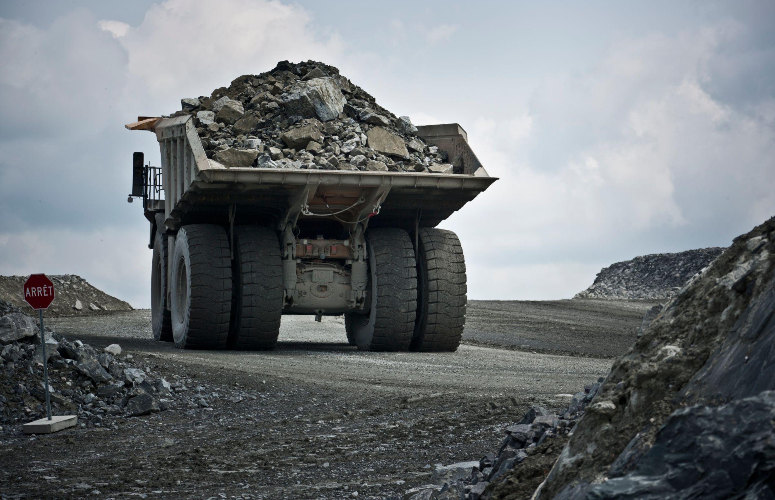 Camiones Mineros 793F