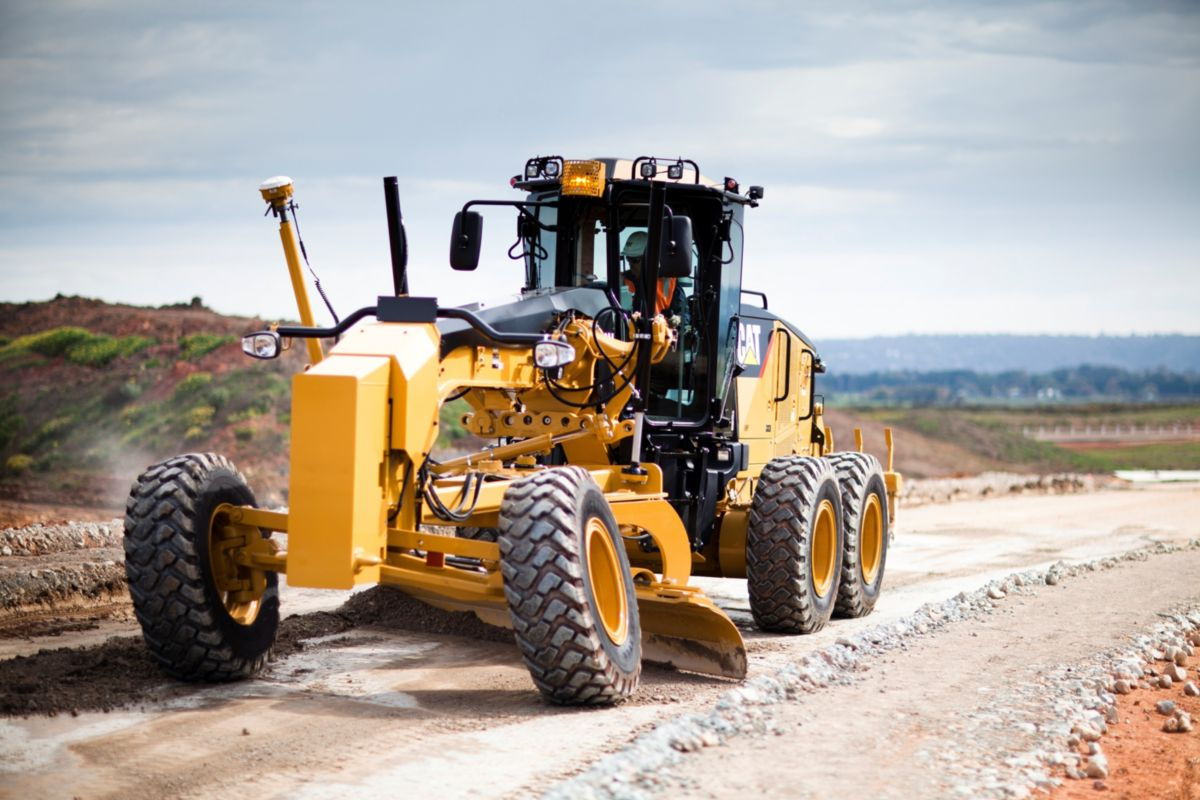 New 160M AWD Motor Grader - Cat Machines | Alban Tractor Co