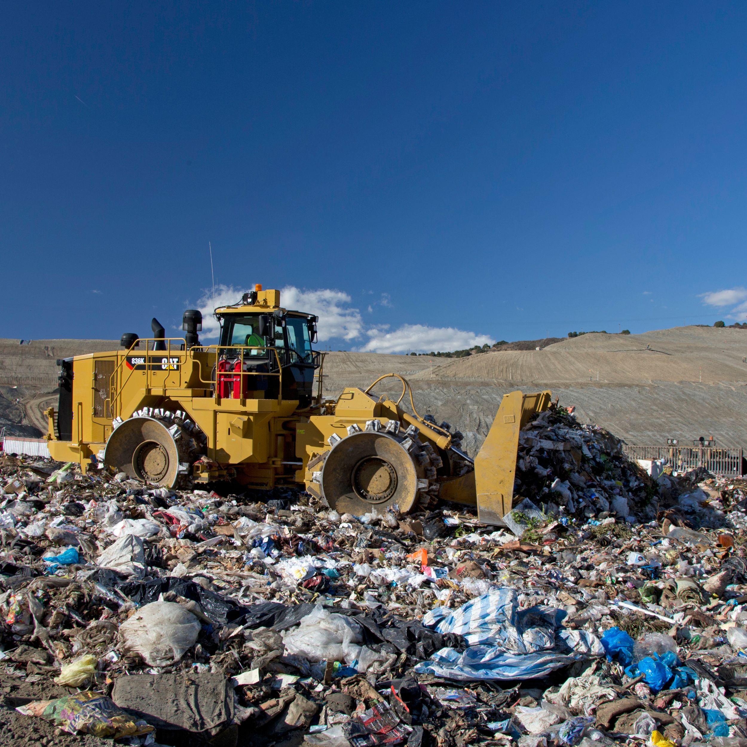 836K Landfill Compactors>