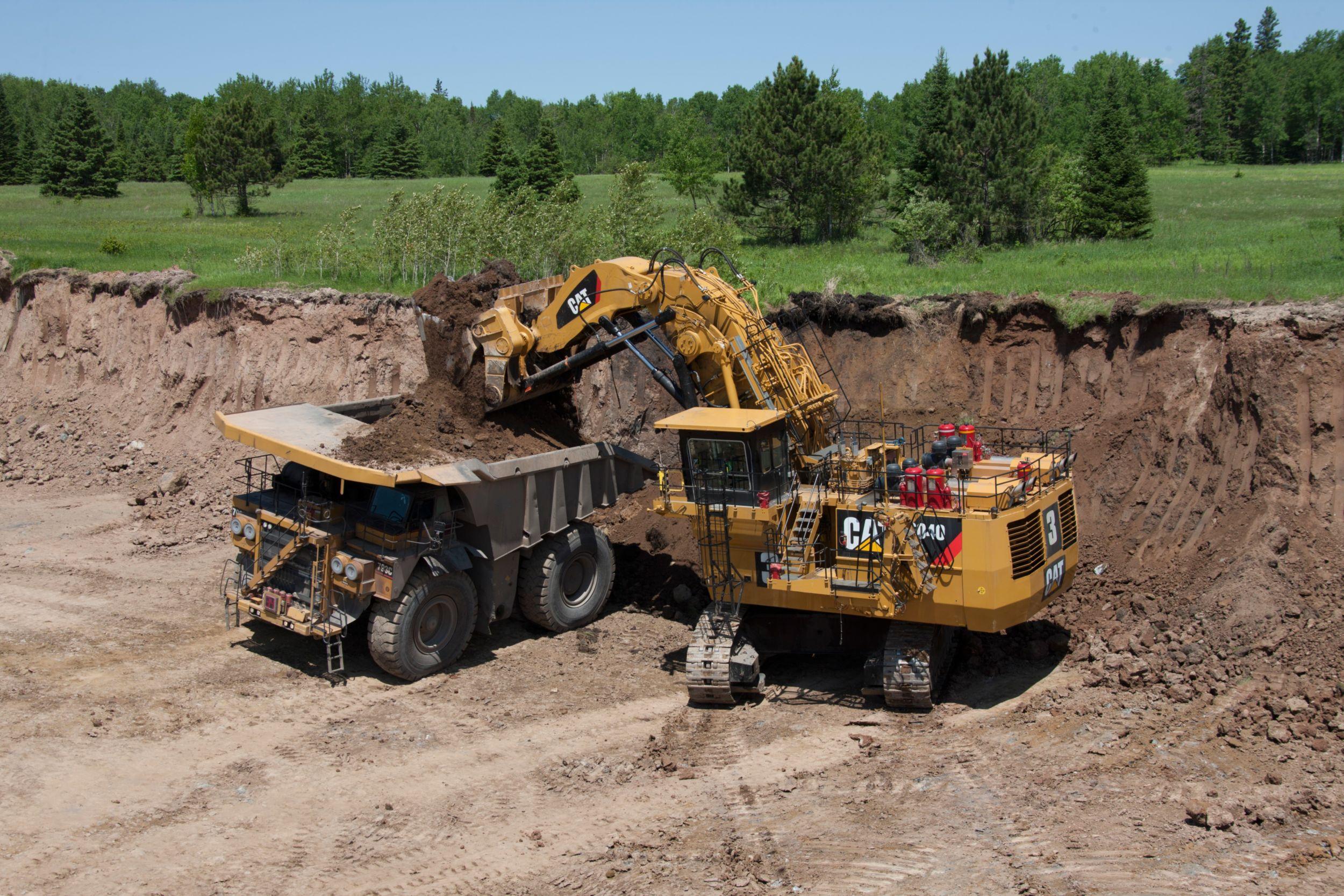 product-6040/6040 FS Hydraulic Mining Shovels