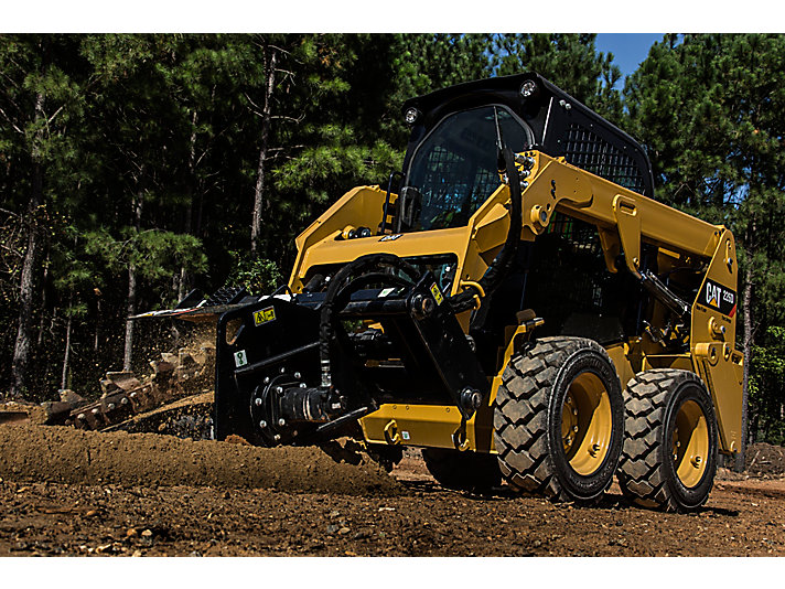 Cat® Trencher in Working Application