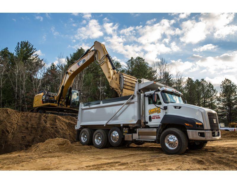 313F GC Hydraulic Excavator bench loading