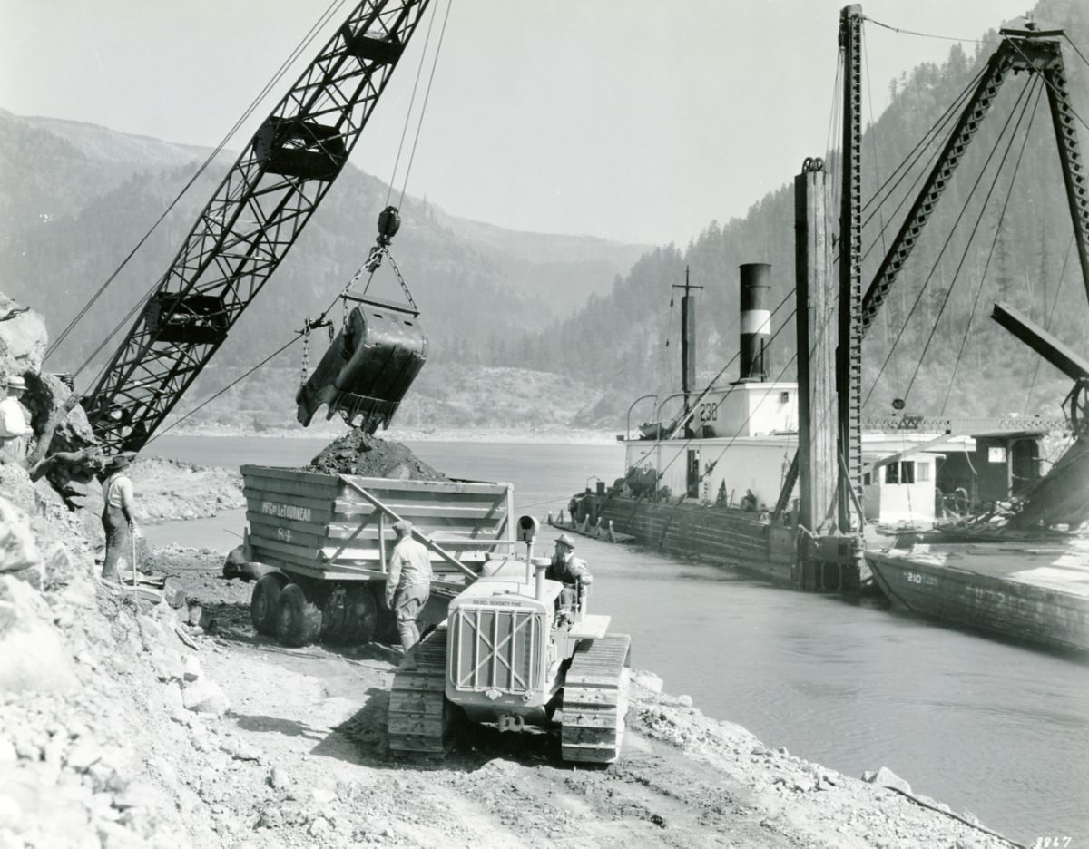 Caterpillar Diesel Seventy-Five track-type tractor working on the Bonneville Dam site in 1934.