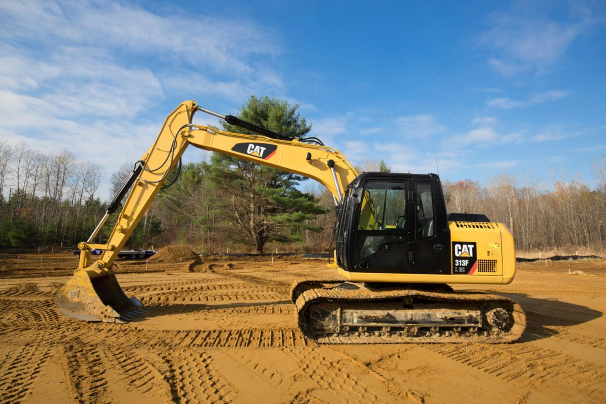 313F GC Hydraulic Excavator left-view>