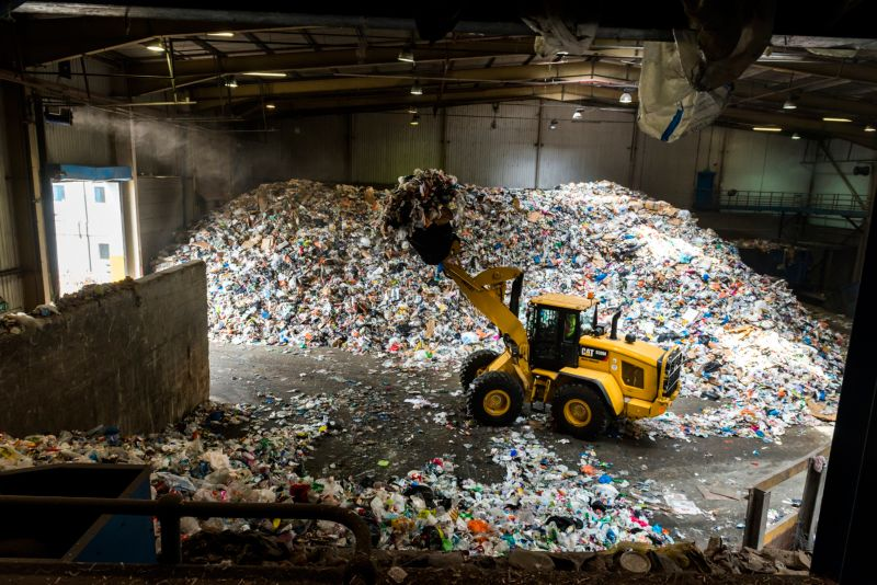 926M Waste Handler