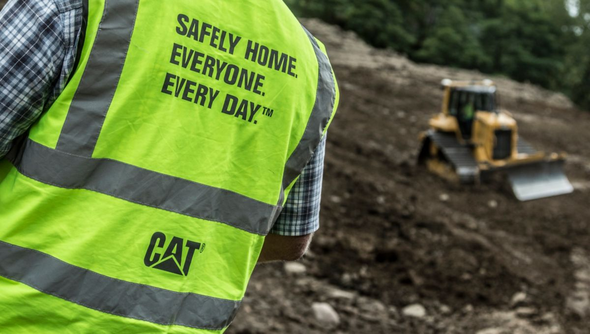 Cat | Toolbox Talks | Caterpillar