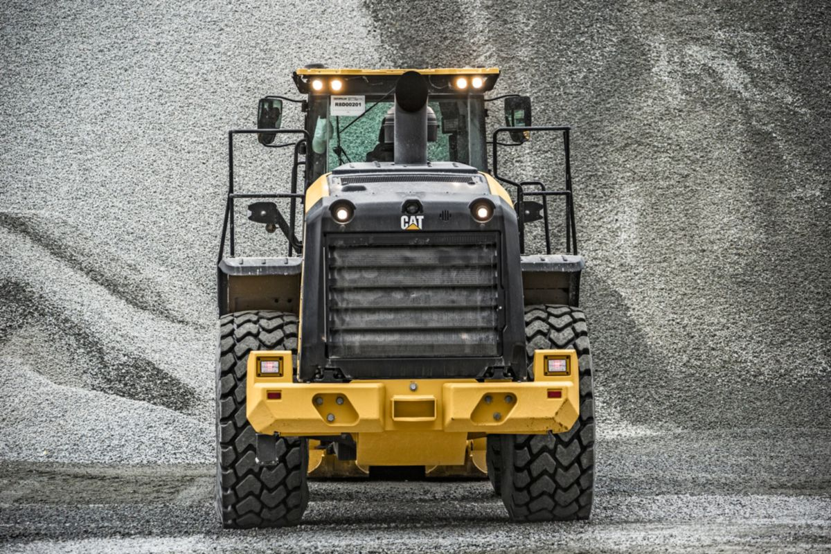 966M XE Medium Wheel Loader