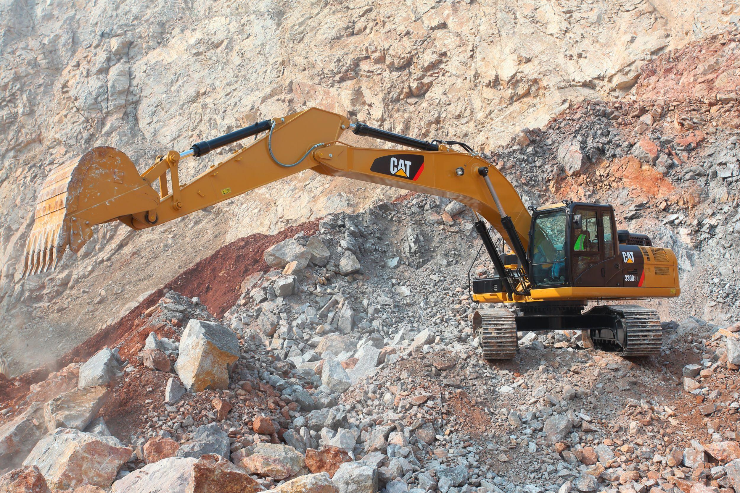 Excavadora Hidráulica Mediana 330D2 L
