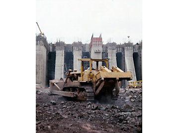 Cat dozer working on the Itaipu Dam in Brazil.
