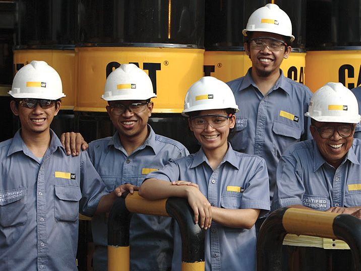 Operations and Support Services for Cat® Oil & Gas Customers