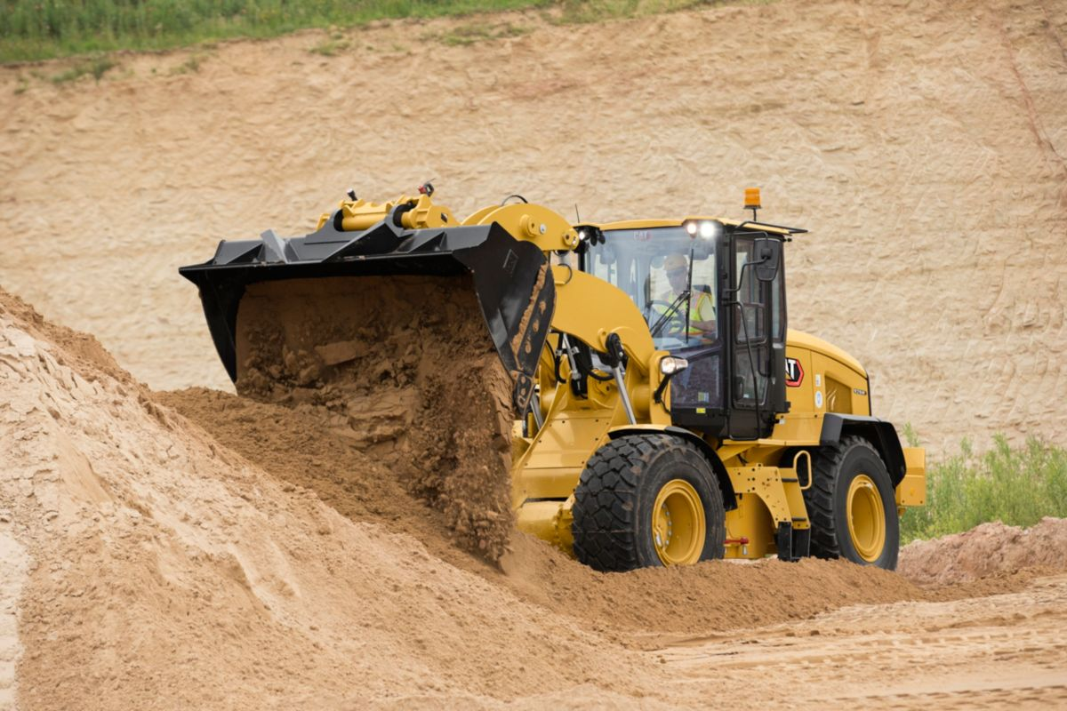 926M Aggregate Handler Small Wheel Loader