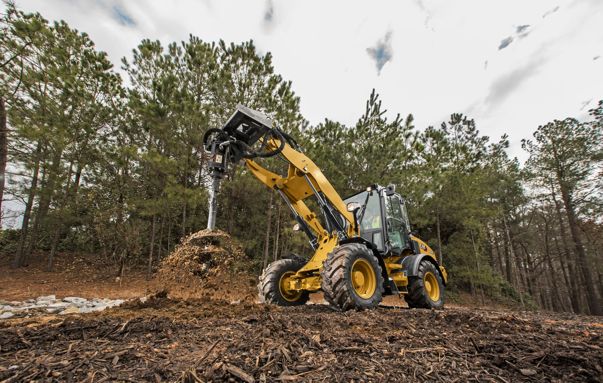 5 Must-Have Attachments for Your Heavy Equipment