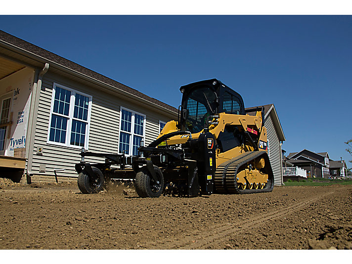Cat® Power Box Rake on the Jobsite