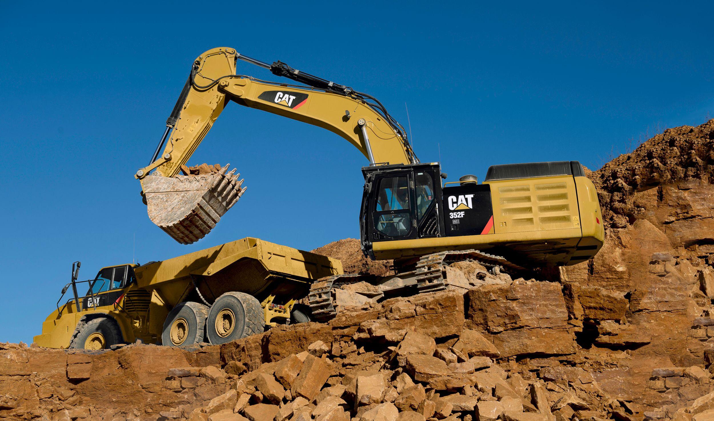 352F L Large Hydraulic Excavator>