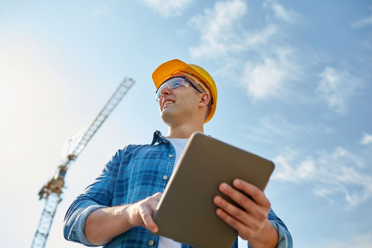 How to deal with financial hardship in the construction industry