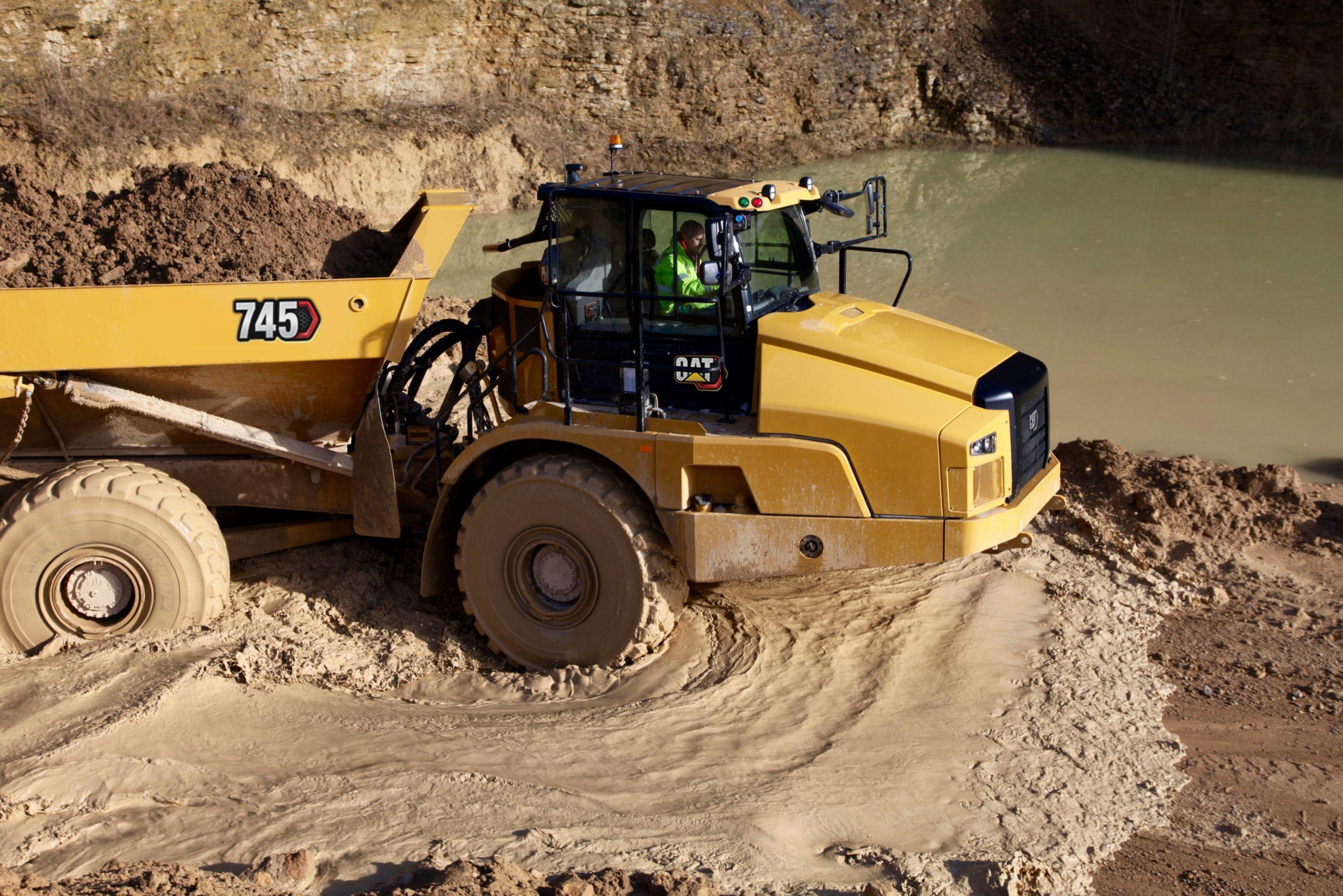 745 Articulated Truck