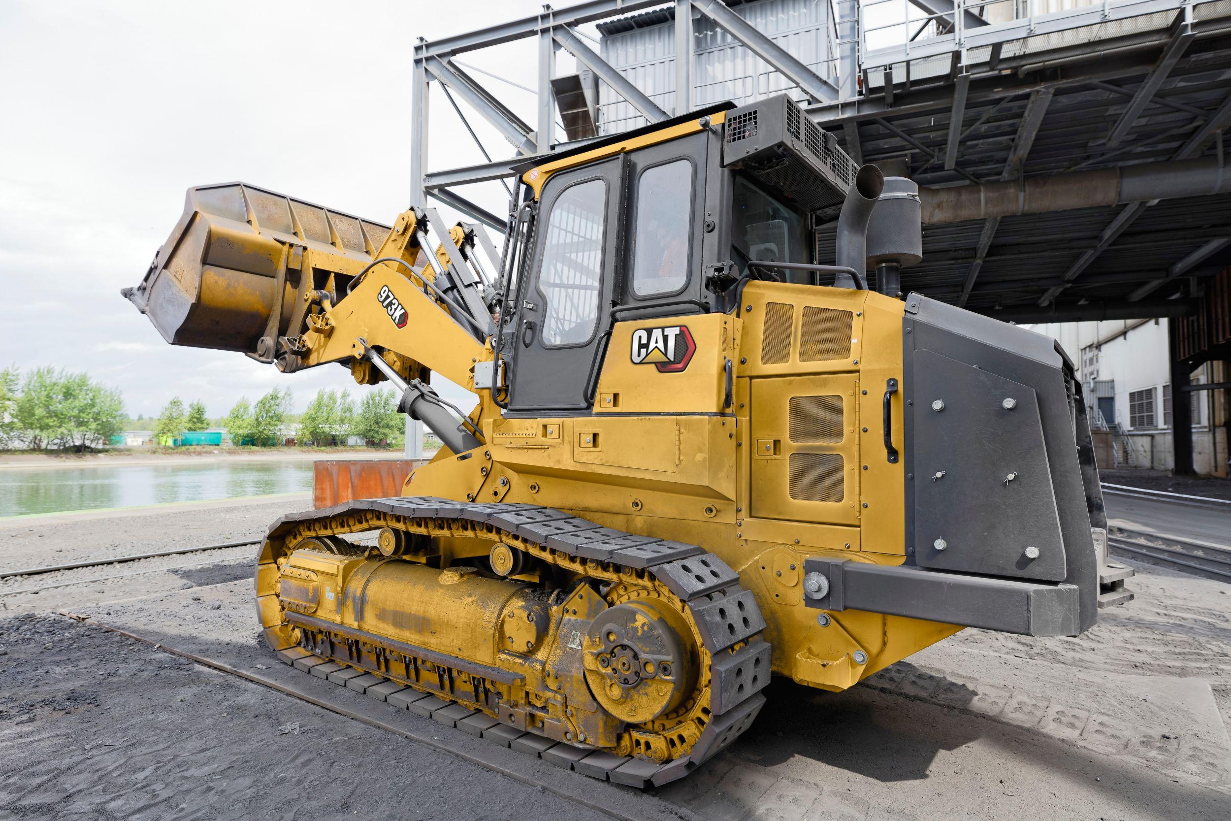 973K Track Loader - Steel Mill Configuration | Finning CAT