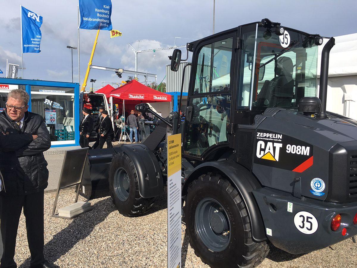 100.000 Kompaktradladers auf der Nordbau 2017