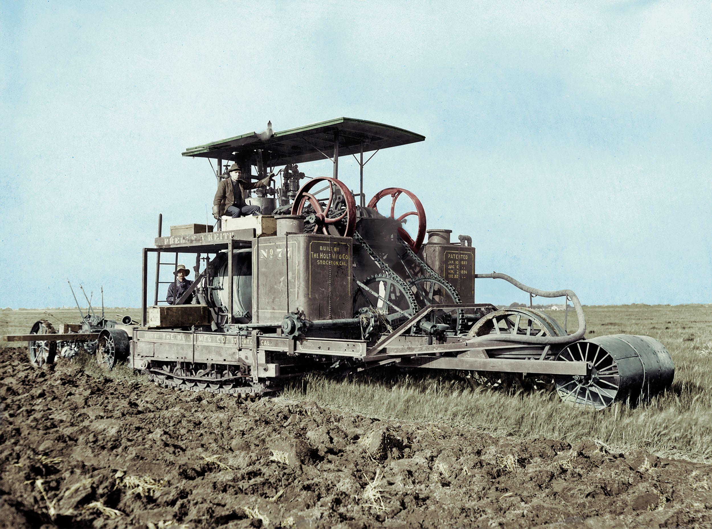 Pliny Holt operating No.77 in 1905