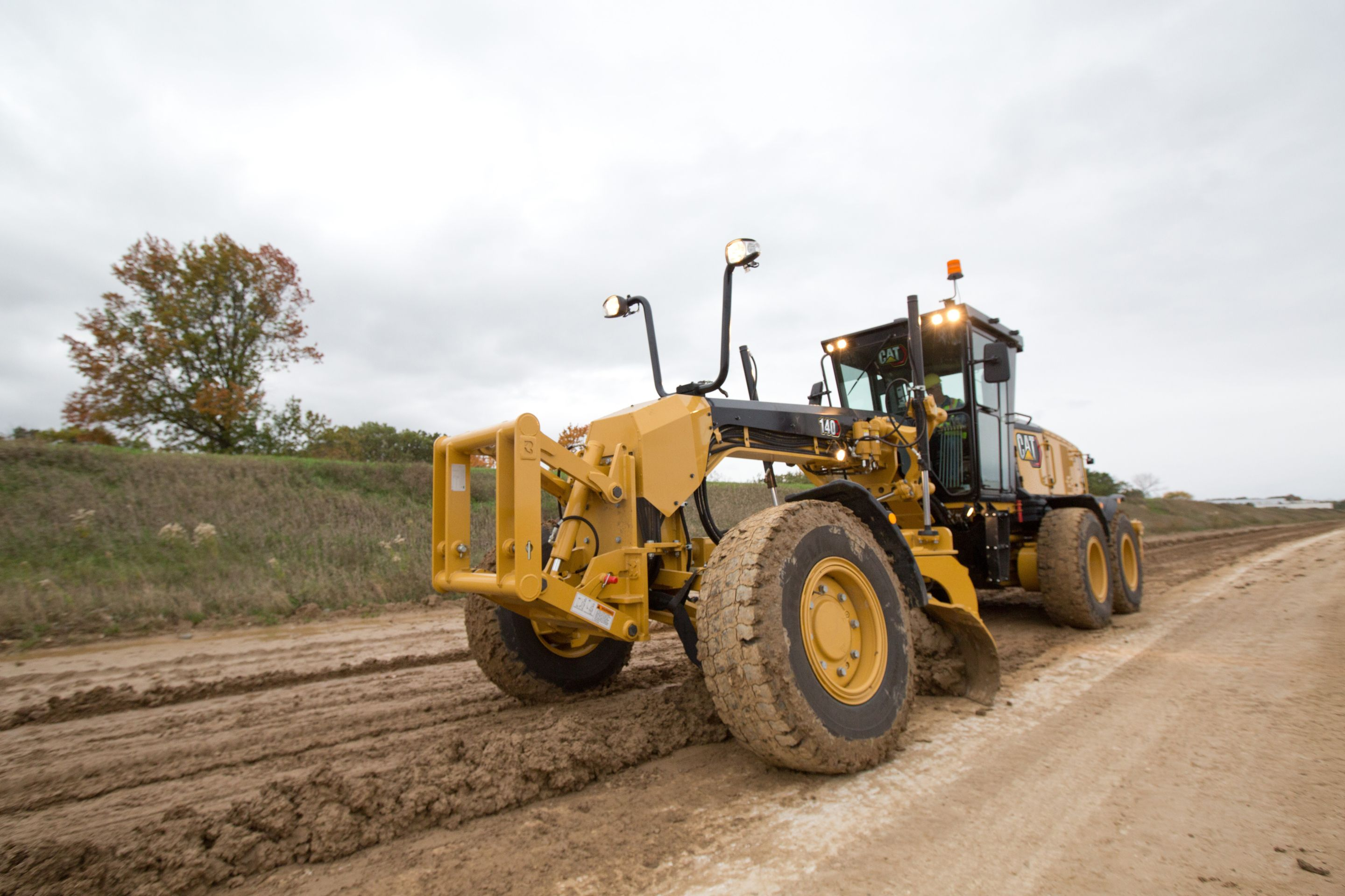 7 Tips & What To Look for When Buying a Used Motor Grader