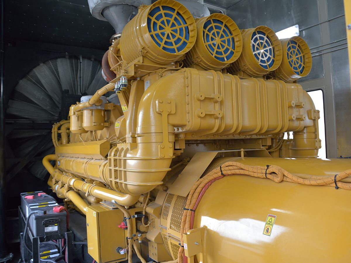 Cat Cat 174 C175 16 Gensets Propel Small Town Into The