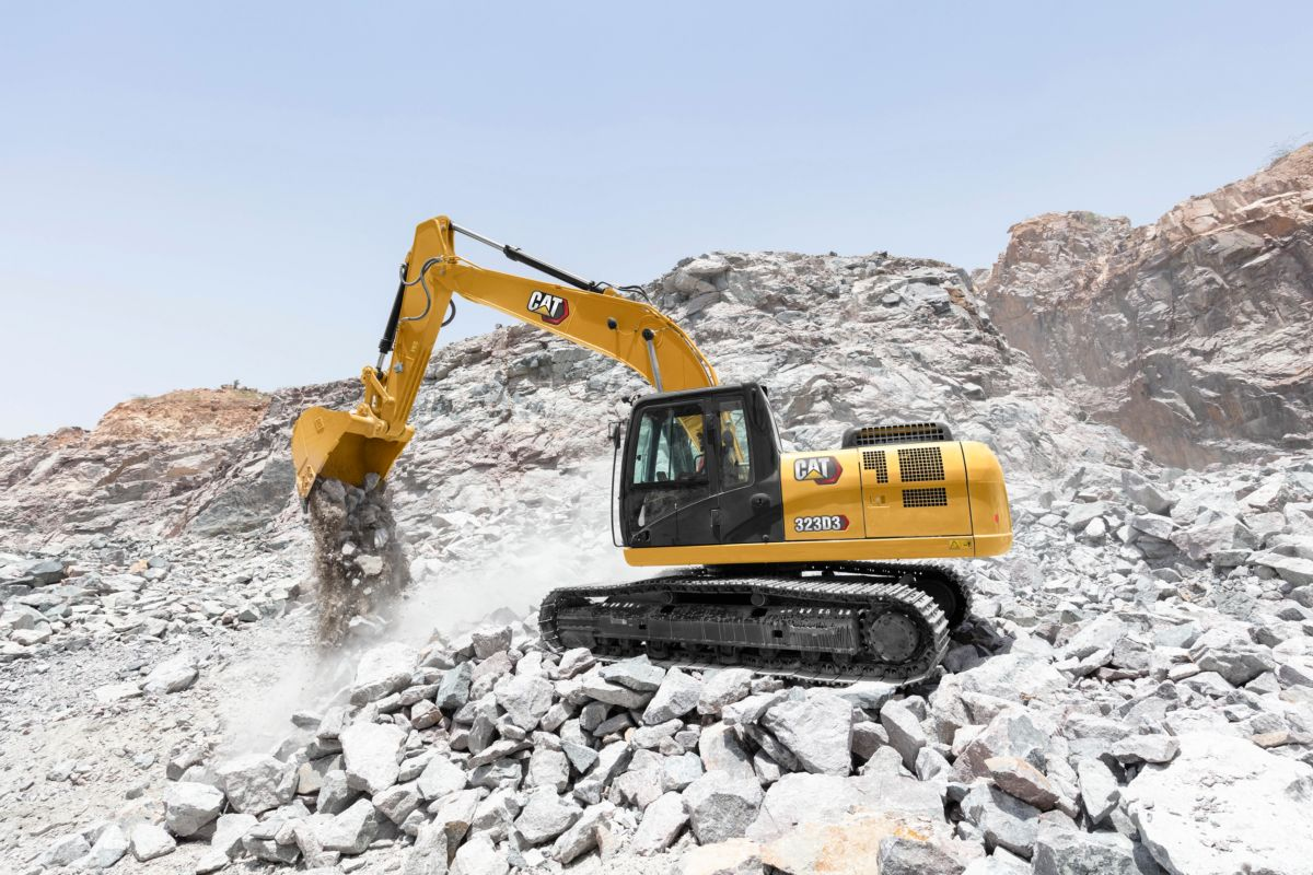 the excavator has a high-ambient capability of 52� c (125� f