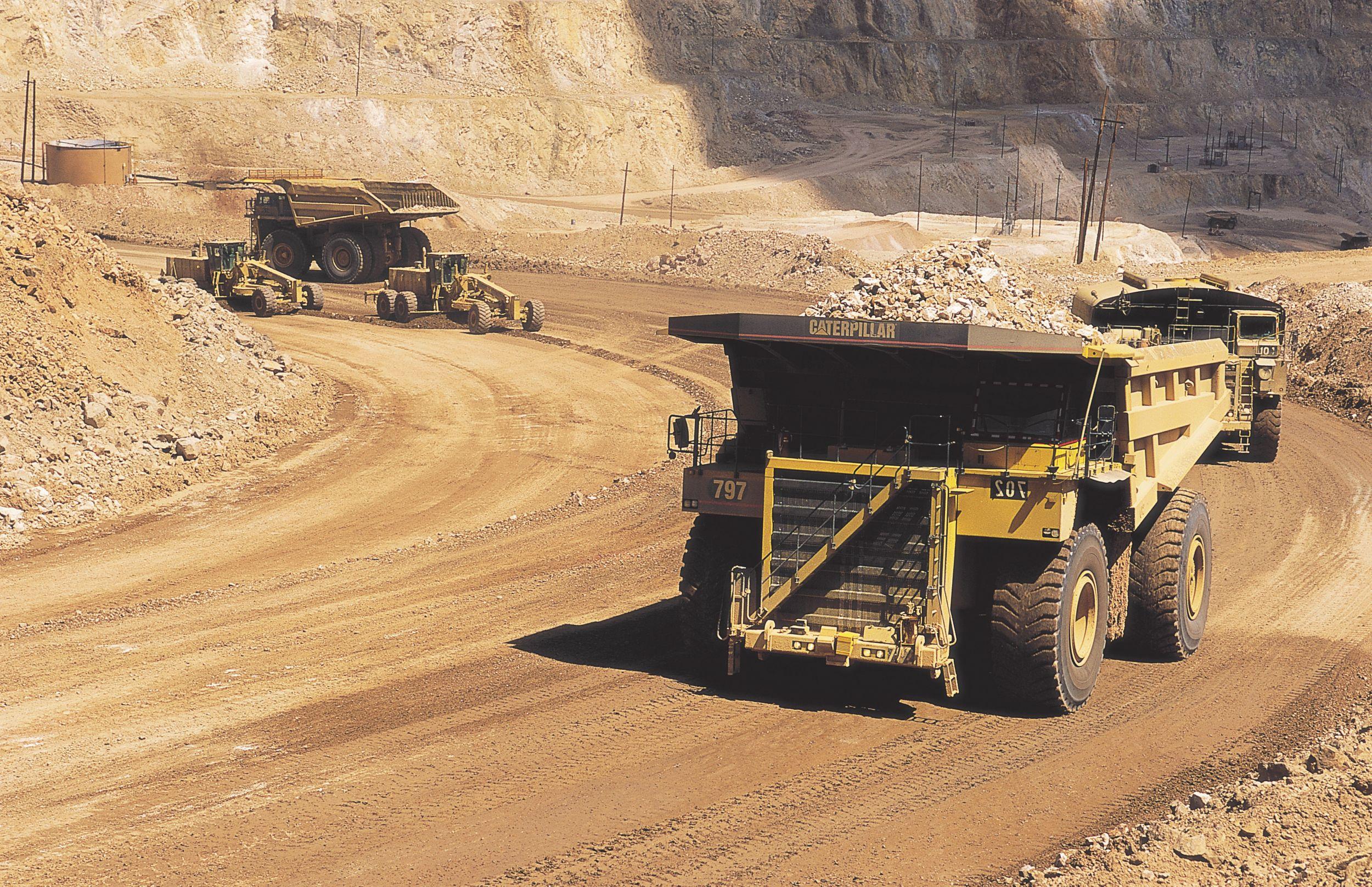Cat 797 Mining Trucks