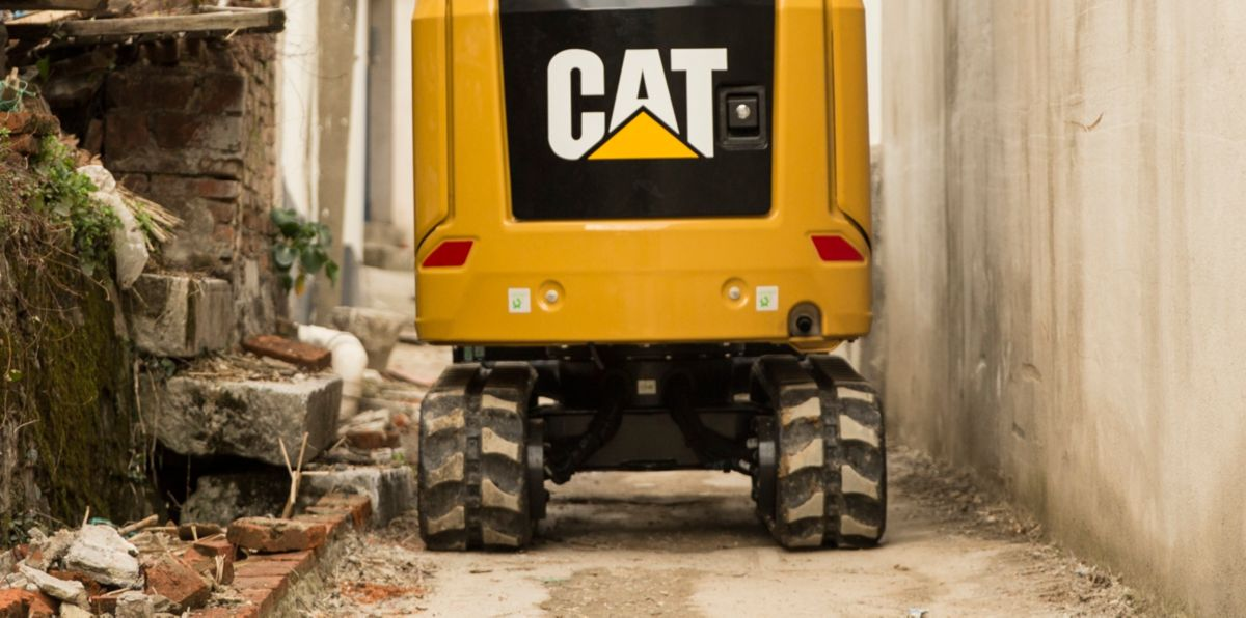 Cat | 302 CR Mini Excavator | Caterpillar