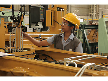 Our Thiruvallur team produces backhoe loaders